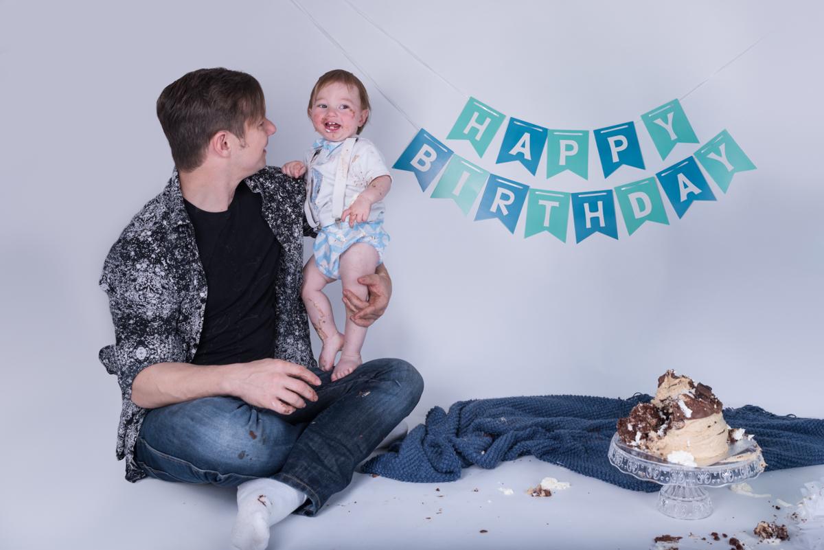 Baby Jack (12 months) Cake Smash-11.jpg