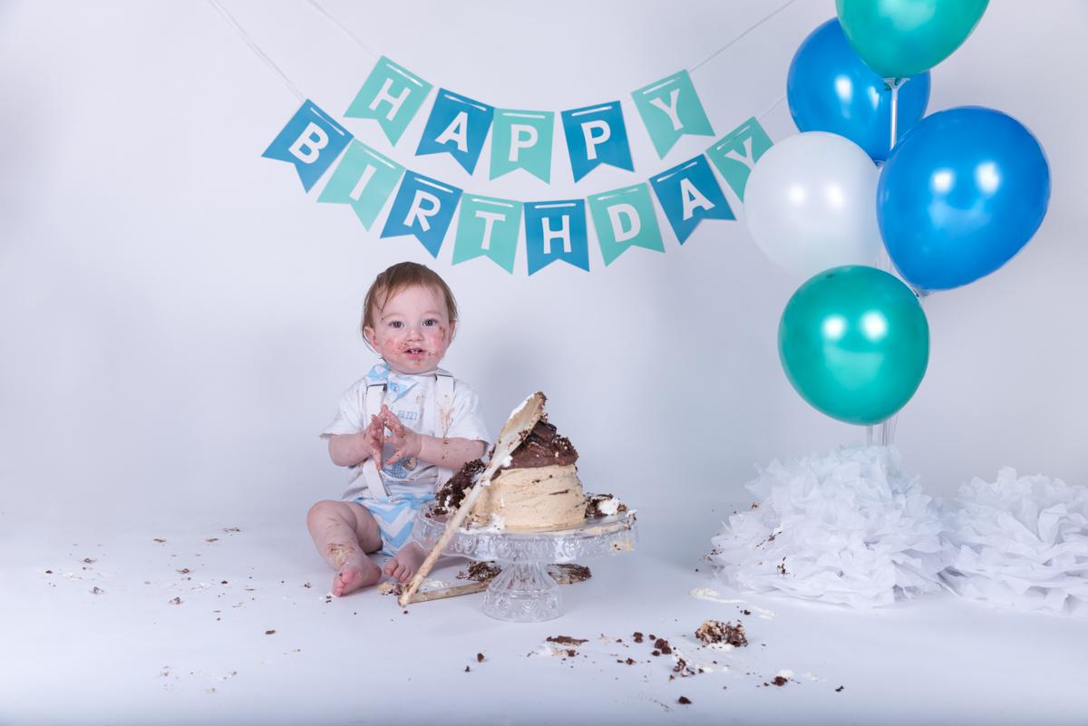Baby Jack (12 months) Cake Smash-13.jpg