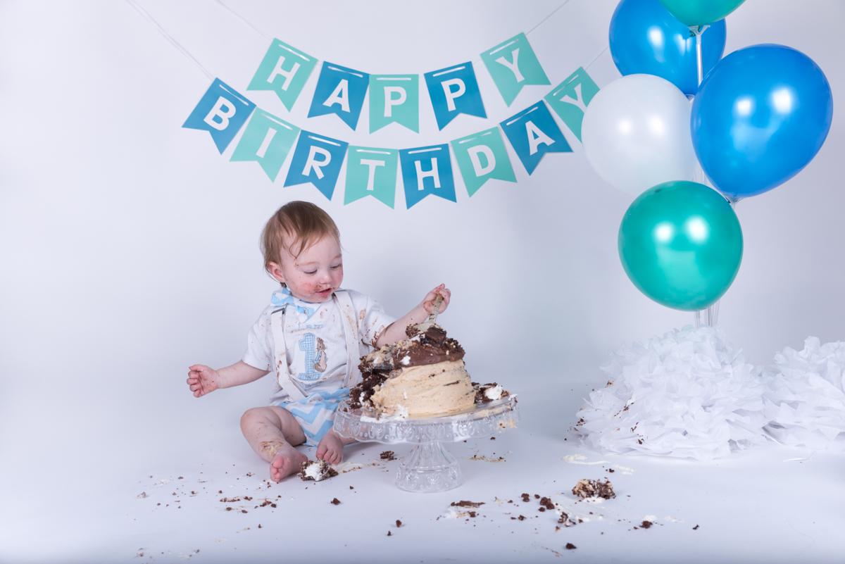 Baby Jack (12 months) Cake Smash-15.jpg
