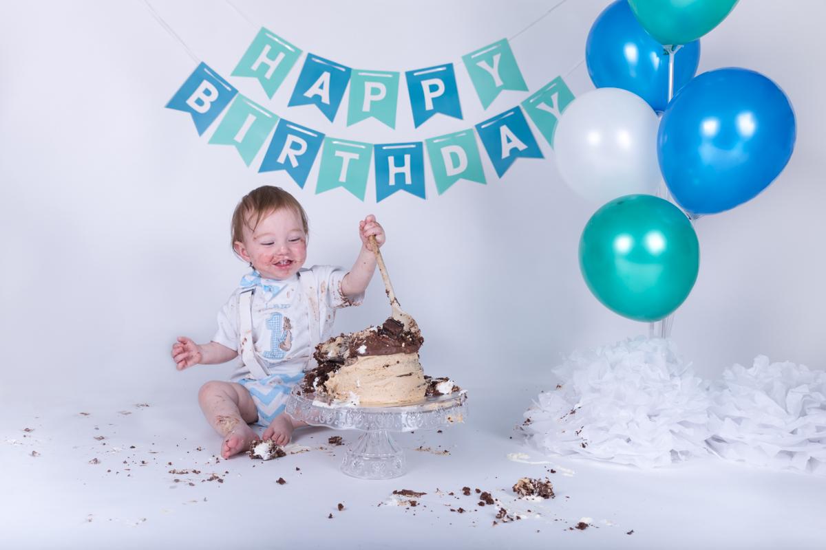 Baby Jack (12 months) Cake Smash-14.jpg