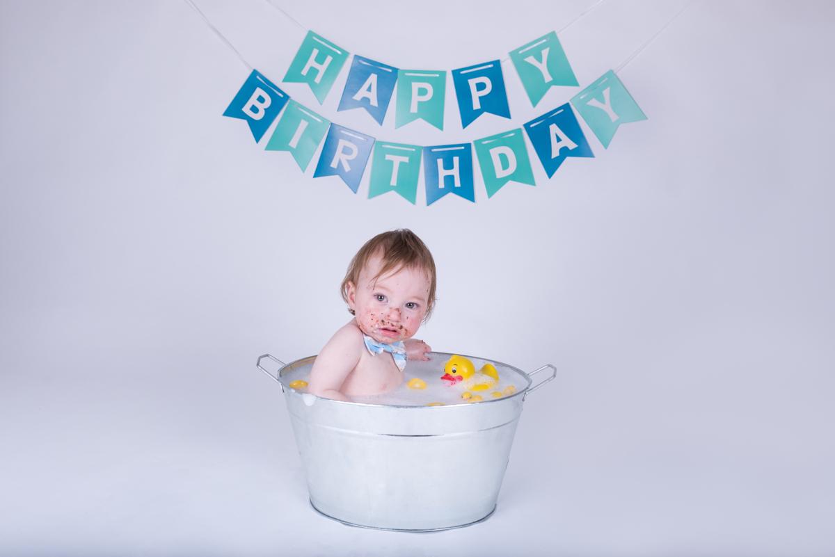 Baby Jack (12 months) Cake Smash-20.jpg