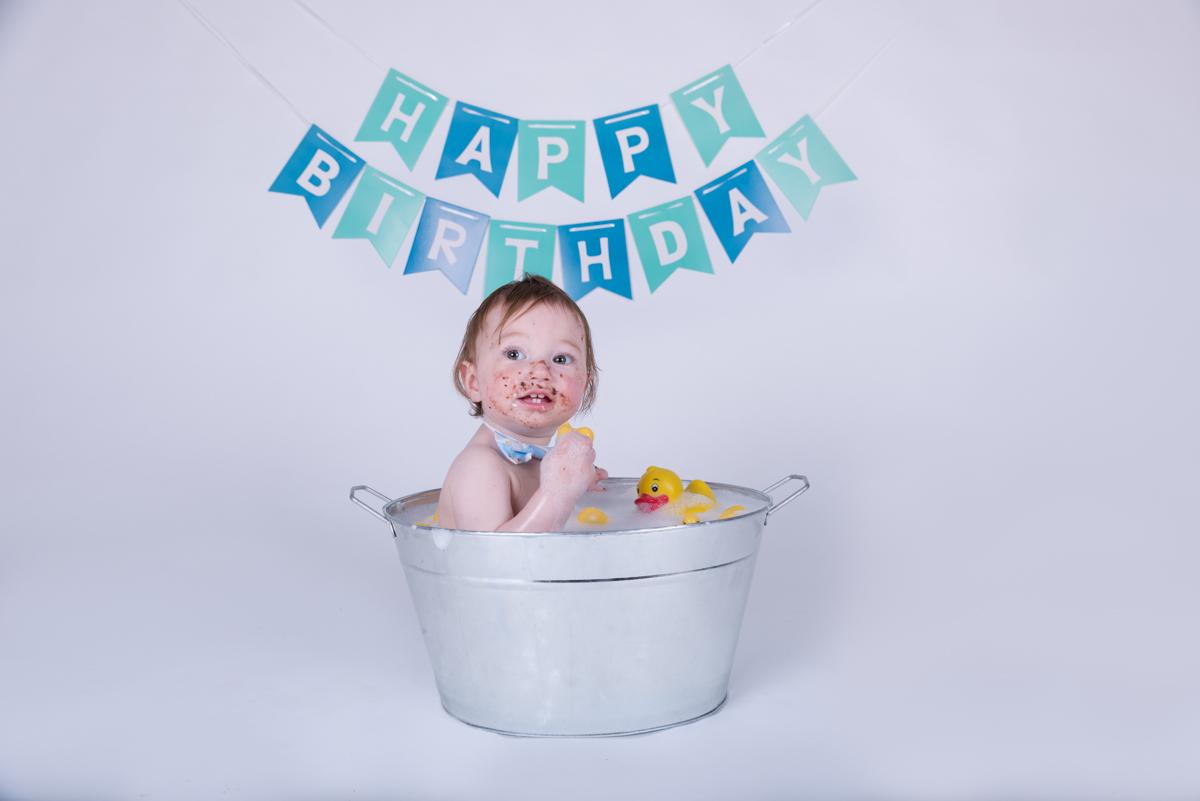 Baby Jack (12 months) Cake Smash-21.jpg
