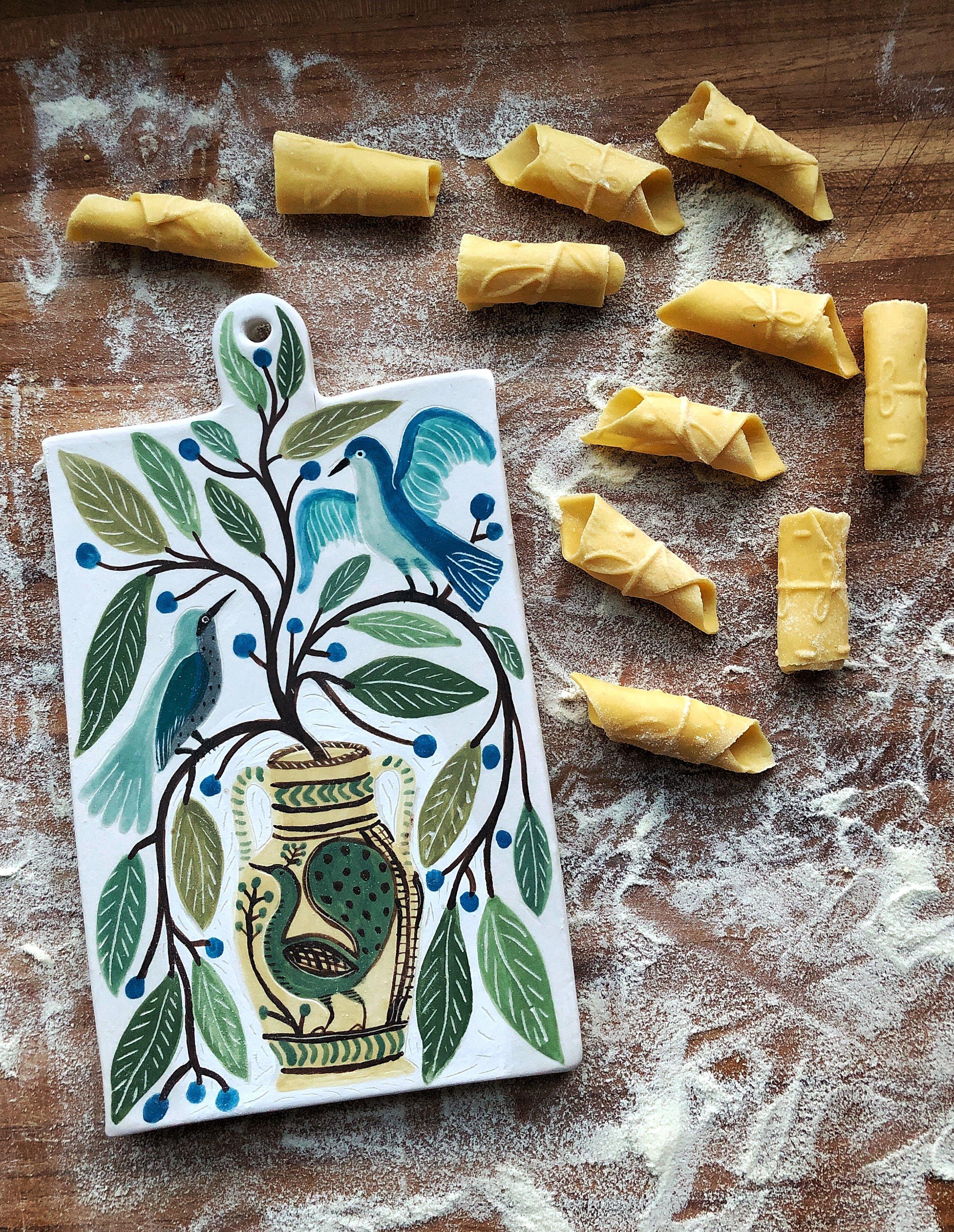 Gabrielle_Schaffner_pasta_board-peacock-vase_1.JPG