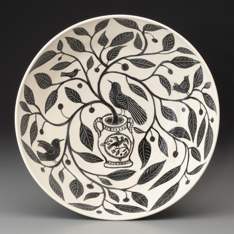 1_Gabrielle_Schaffner-black-and-white-bowl-photoPOLAK.jpg