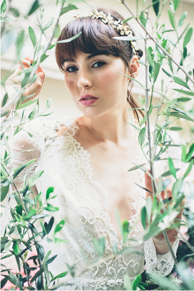 Aynhoe House Romantic Pastel Fairytale - Wedding Photoshoot 10.png