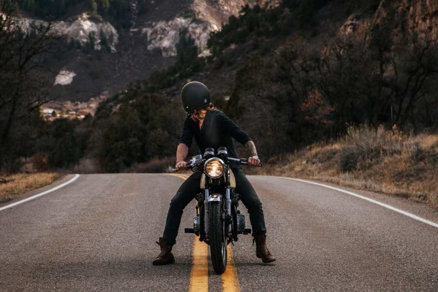 The majority of people purchase a car for independent travel. But it's important to bear in mind that there are other options out there. A motorcycle is just one of these! If you're interested in taking to the road on two wheels, here's everything you need to know on the subject!