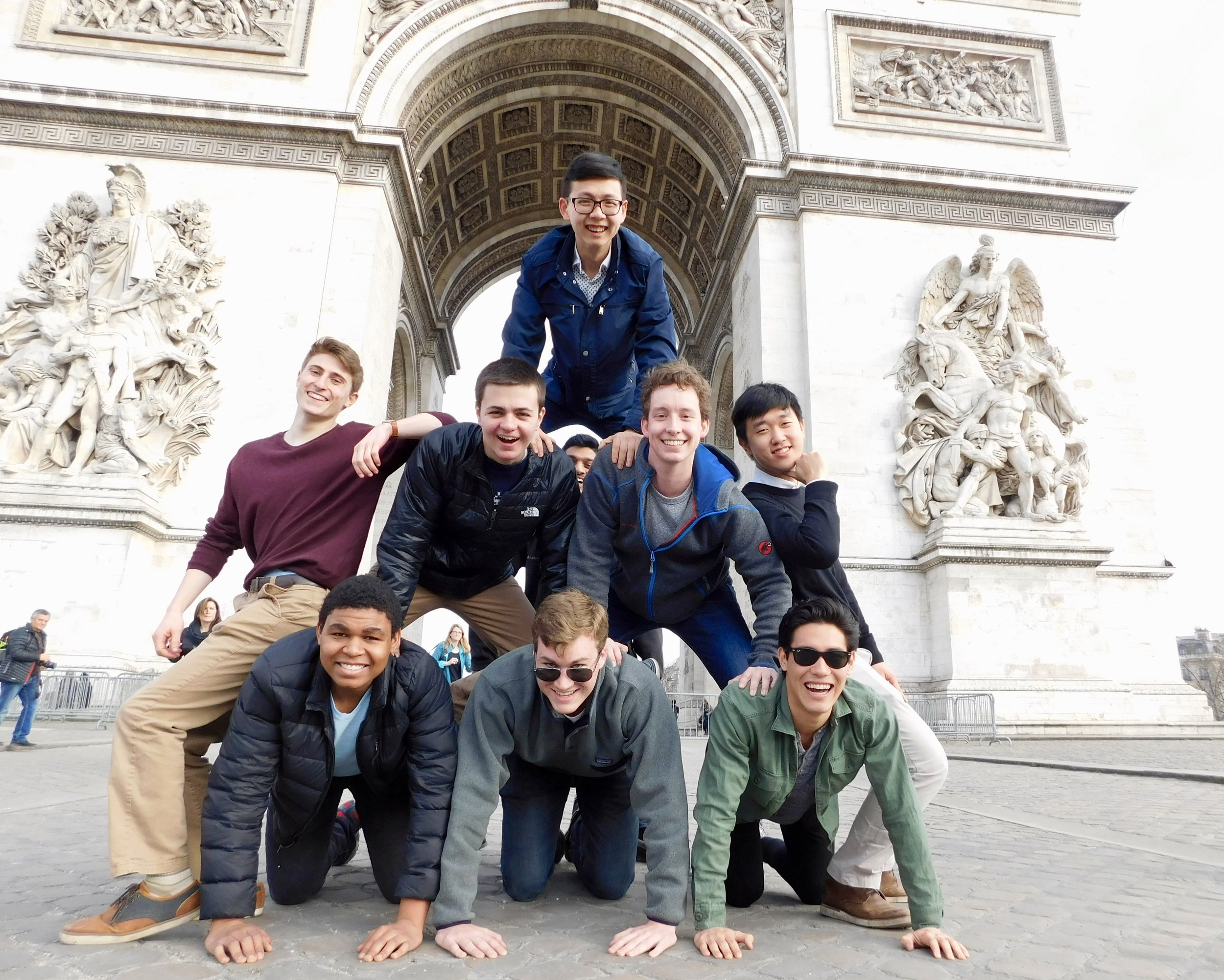 Alley Cat pyramid in front of the Arc de Triomphe