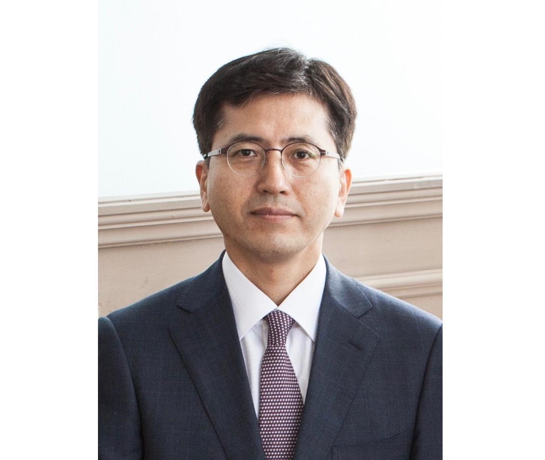 유재준 교수님.png