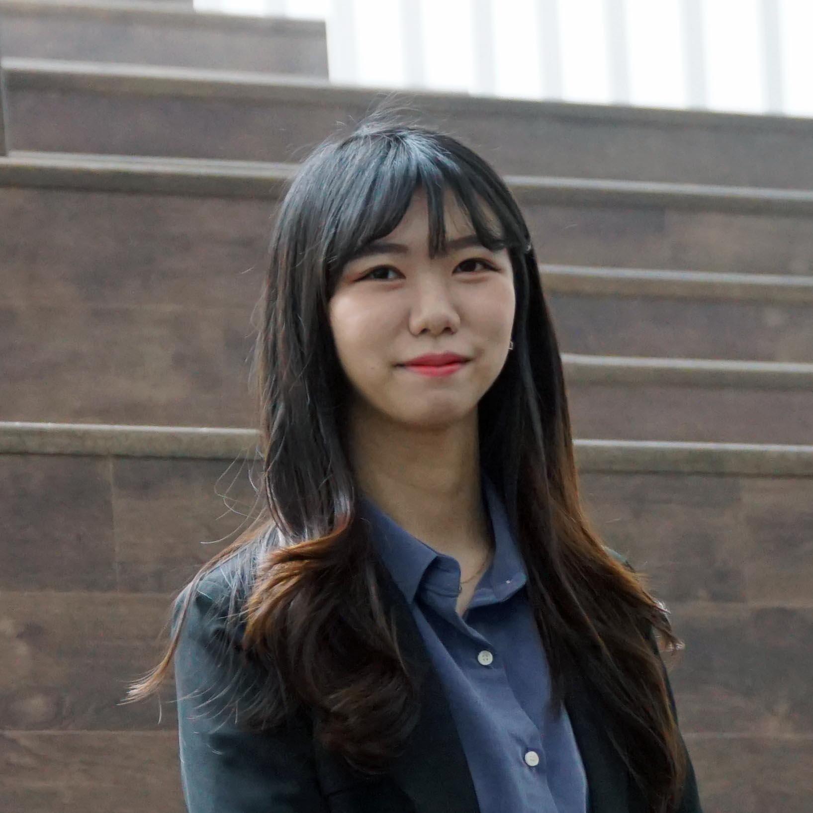 Yoonji Lee