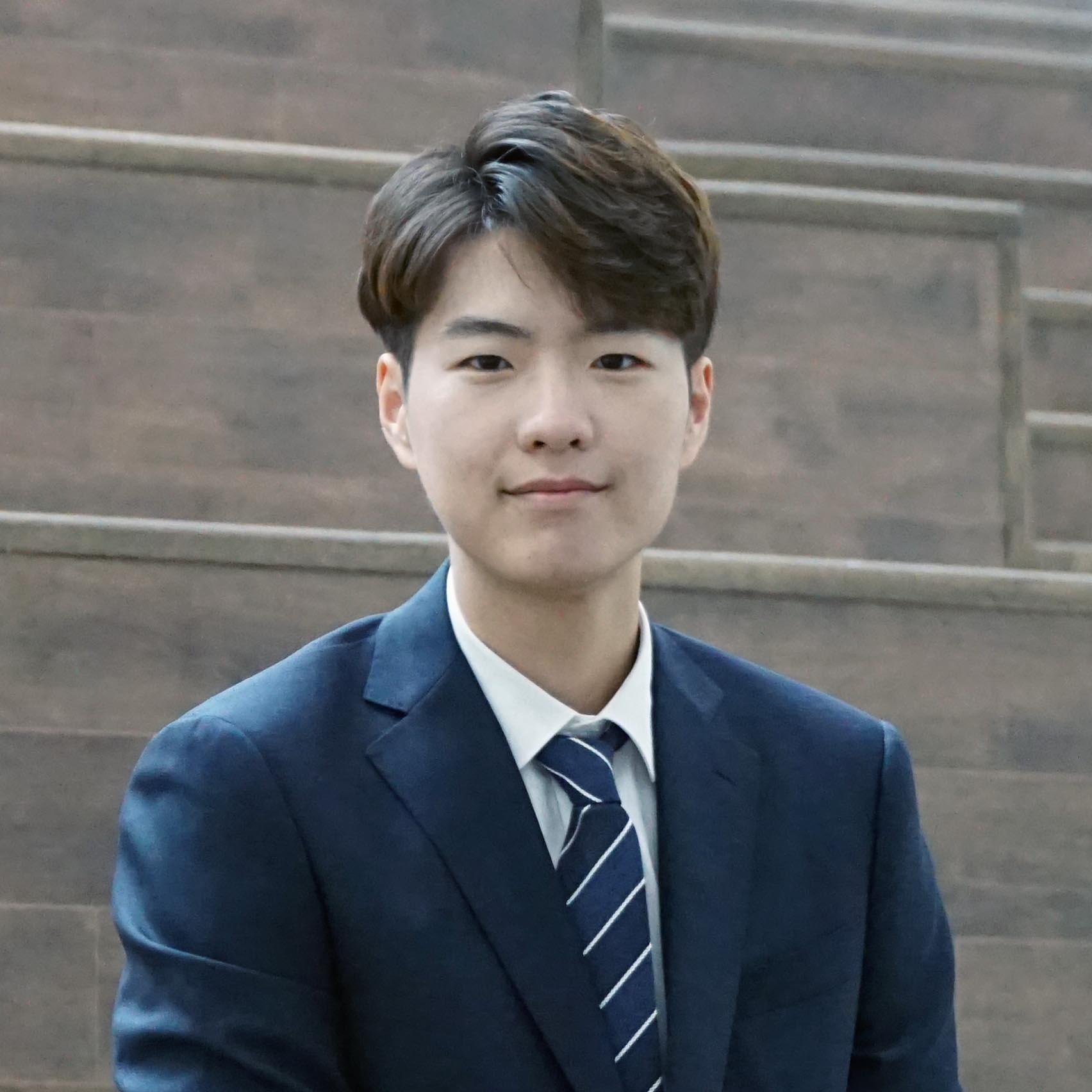Jun Hyuk Lee