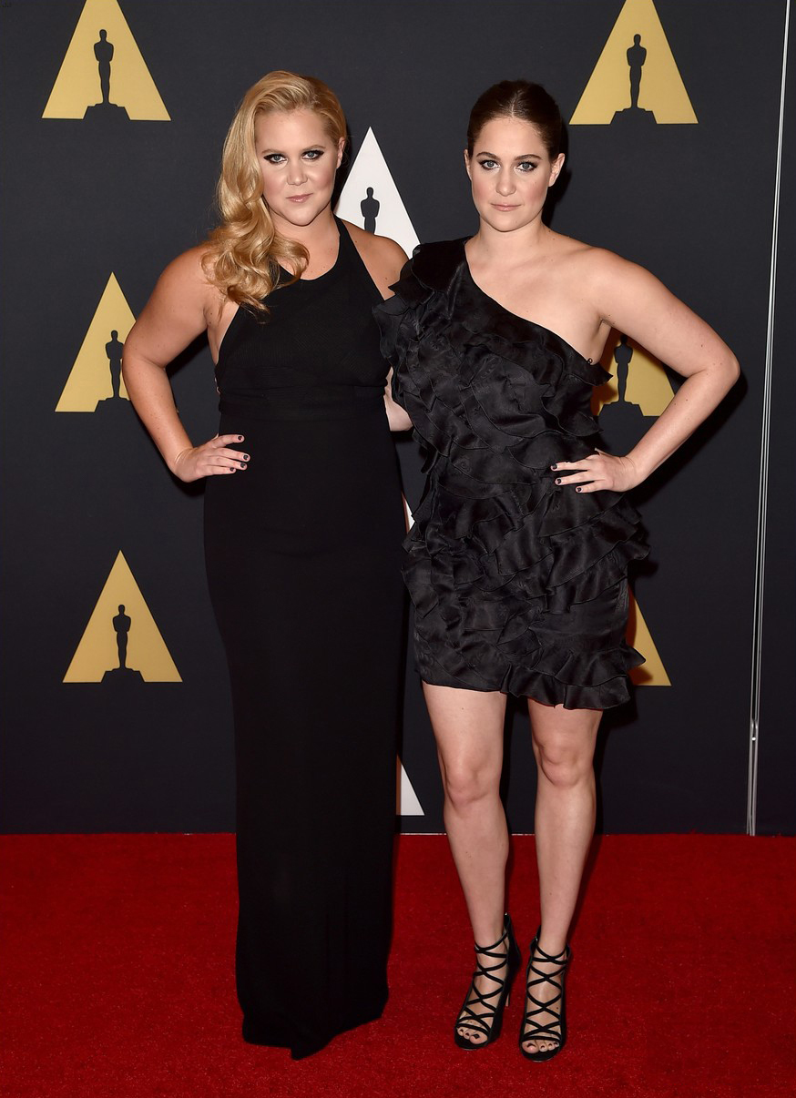 Amy Schumer and her sister Kim attending the 2015 Governors awards (Nail Assistant: Camille)