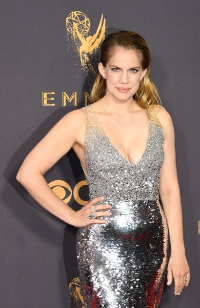 Anna Chlumsky attending the 69th Annual Primetime Emmy Awards 2017