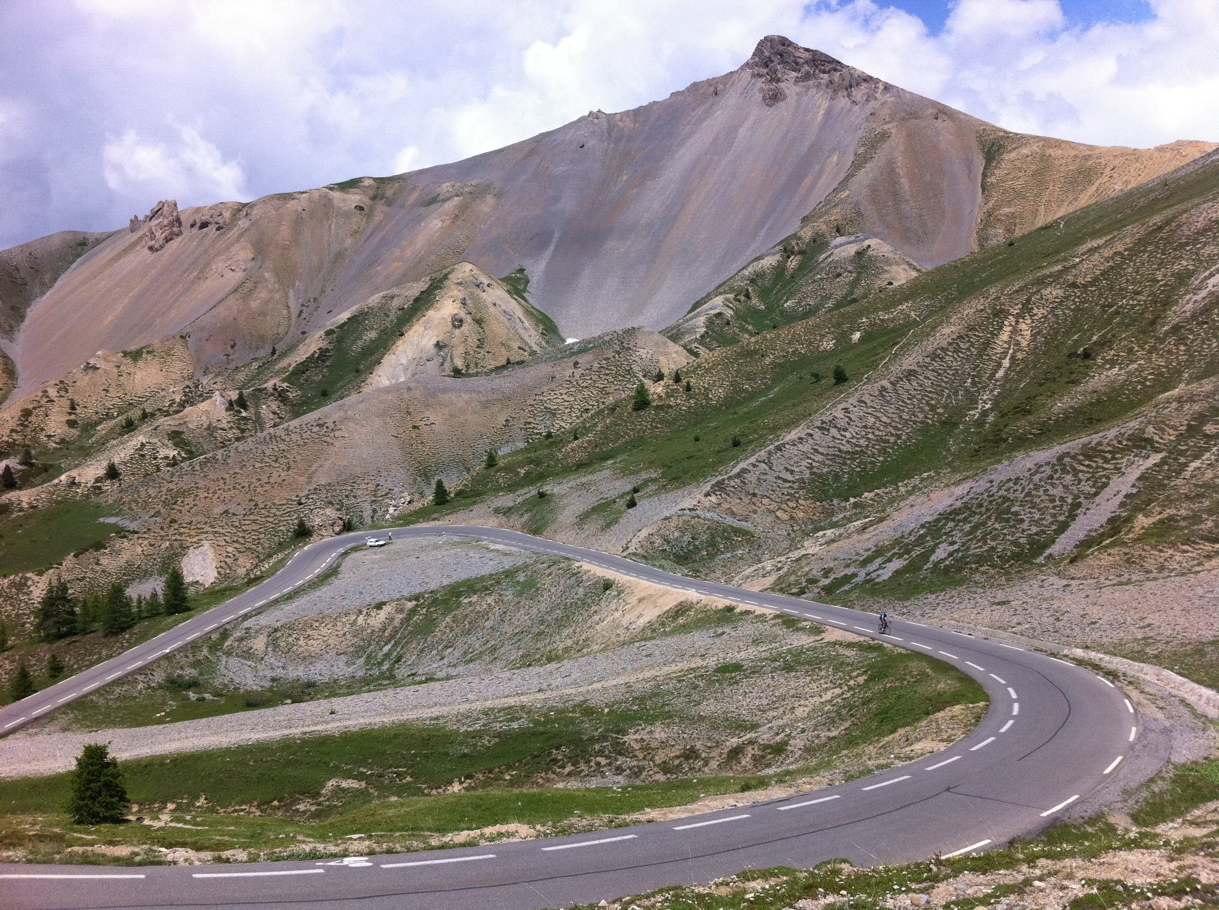 Sweeping roads through the barren slopes of the Col d'Izoard