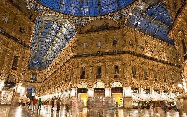 old shopping mall milan