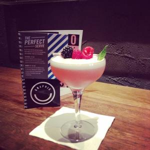 perfect serve gin graphic bar