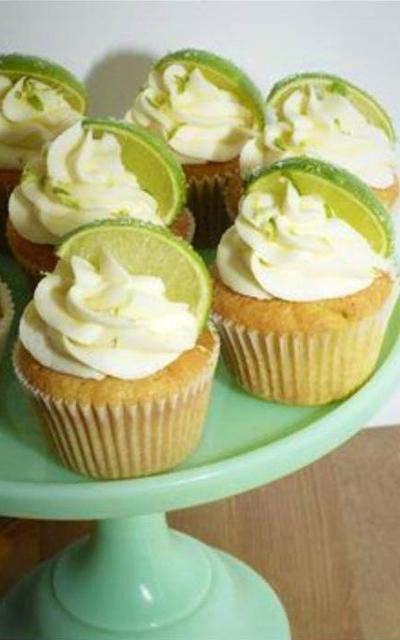 rock rose gin cupcakes