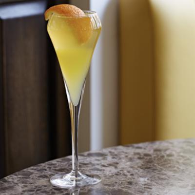 U Beaut gin lemon fizz cocktail