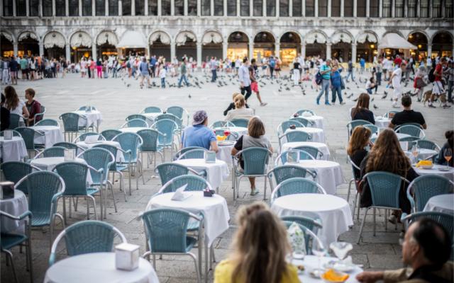 Milan Square coffe culture al fresco setting in Italy