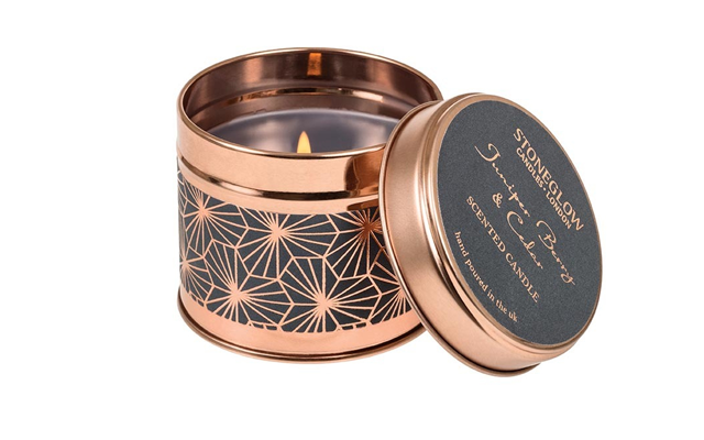 juniper+berry+scented+candle.png