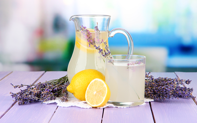 gin and lavender lemonade.png