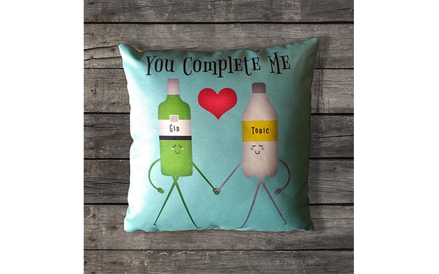 You-complete-me-gin-tonic-cushion.jpg