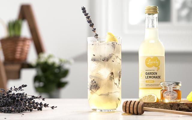 Bumblebee-Cocktail-Lavender-Lemon-Honey-Gin-small.jpg
