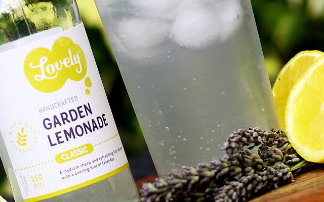 lovely+drinks+garden+lemonaid.png