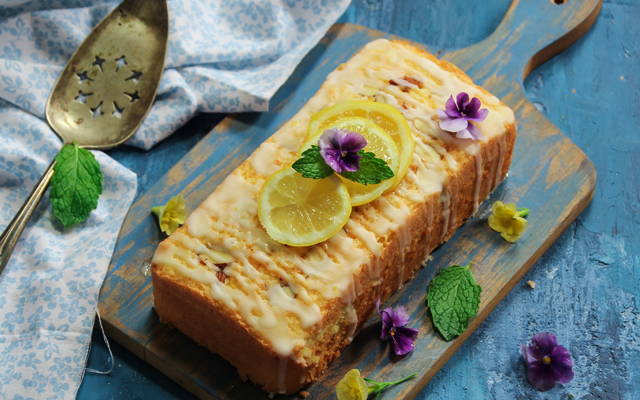 drizzle+cake+gin+and+lemon.png