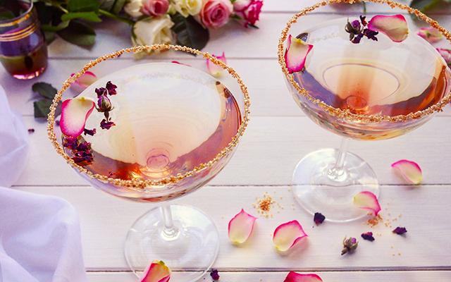 Honey+Rose+Martini.png