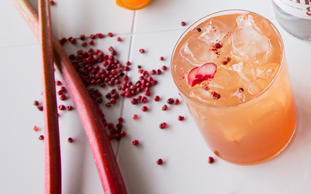 Five+Roses+Rhubarb+Gin+Cocktail+Recipe.png