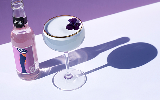 Violet+blossom+sour+gin+cocktail.png