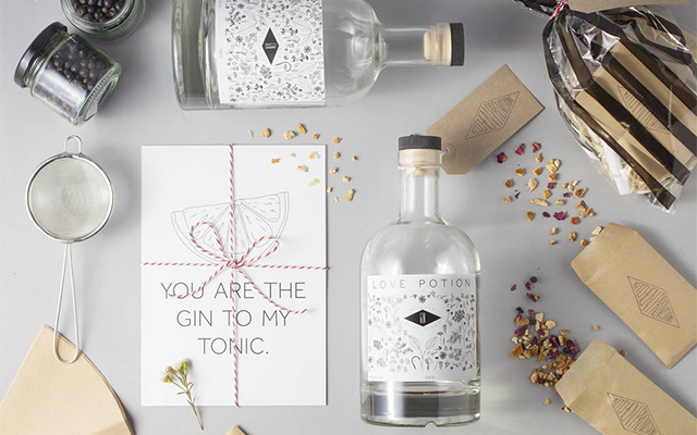 Love+potion+make+your+own+gin+kit+wedding+gift.png
