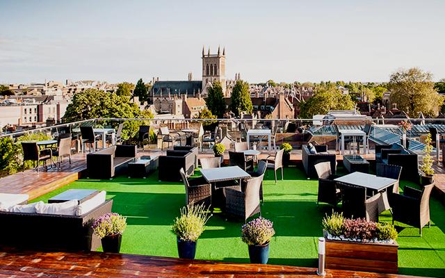 six-rooftop-bar-cambridge.jpg