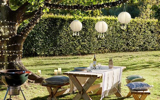 cream-tassel-outdoor-lanterns.jpg