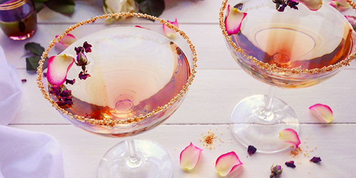 Honey+Rose+Martini+Cocktail+Recipe.png