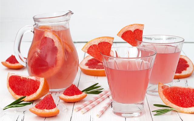 Grapefruit-gin-cocktail.jpg