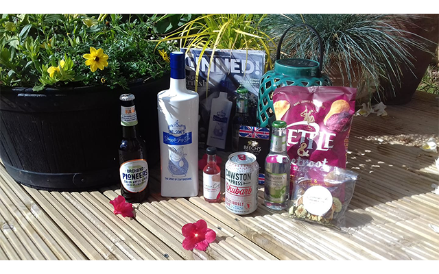 Ruth N. decked (gettit?!) her garden out with the delights of June's Gin of the Month box and we couldn't be happier to see it!