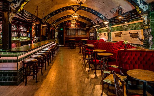 Whitechapel+Gin+Bar+San+Francisco.png