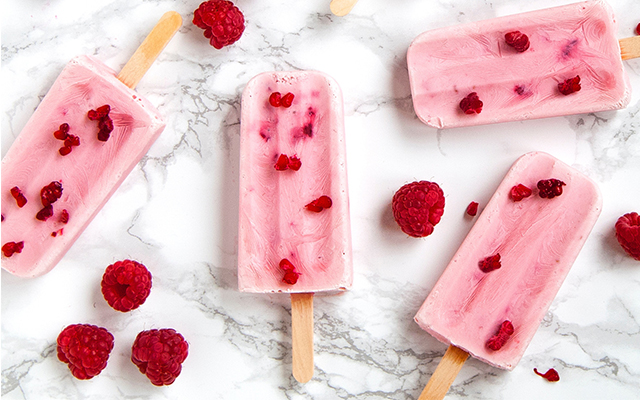RASPBERRY-ICE-LOLLY-us.jpg