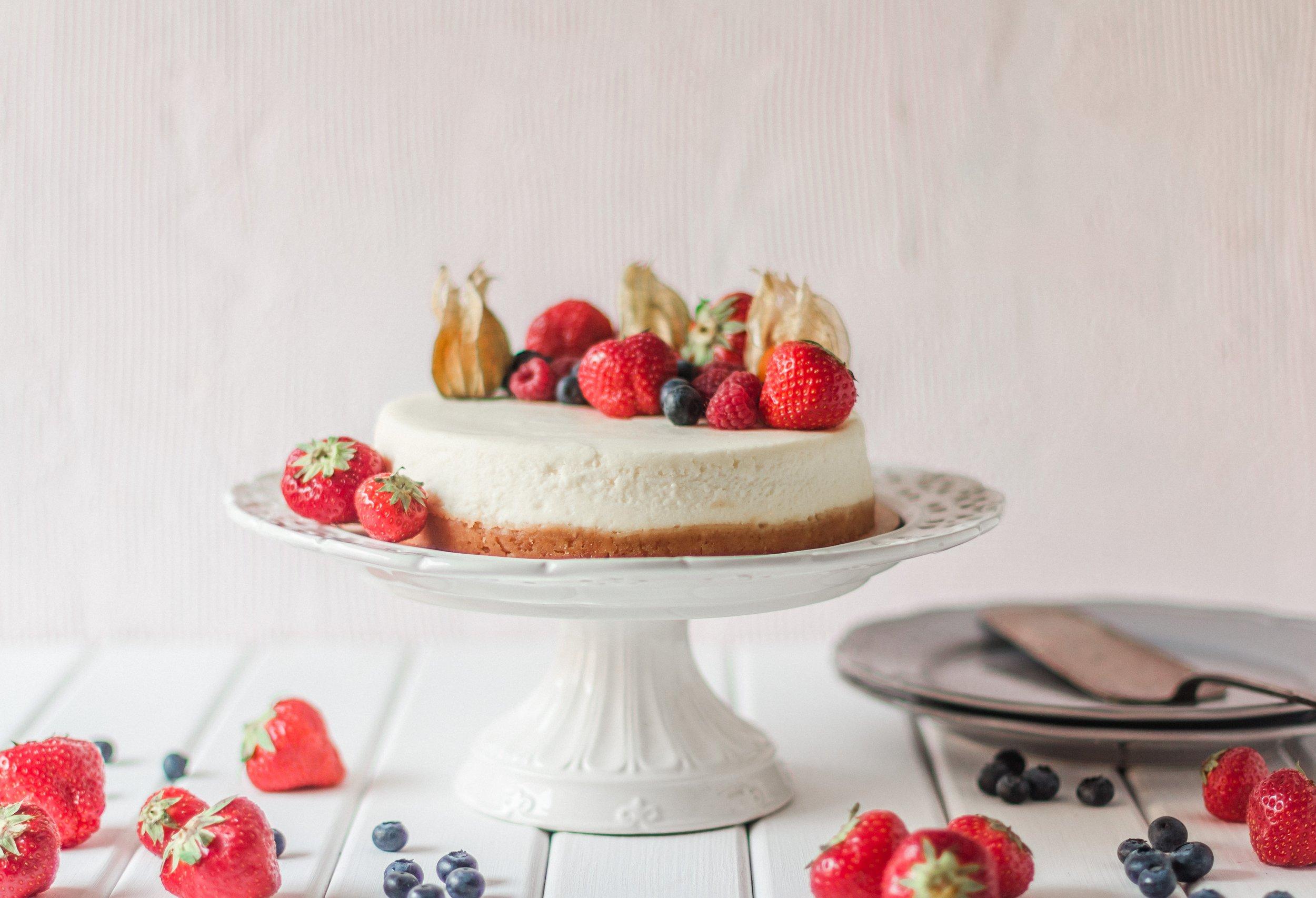 strawberry-gin-cheesecake.jpg