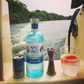 gin+queen+boat+pic.jpg