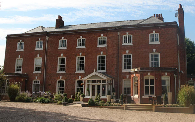 Verzon House is owned by the founders of the nearby Chase Gin Distillery