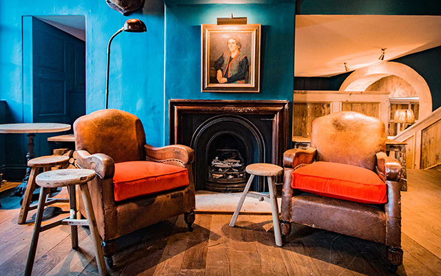 We're dreaming of sipping a G&T by the fire in the cosy lounge of the Talbot Inn