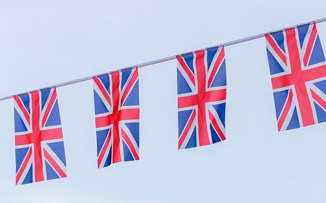 union-jack-flags.jpg