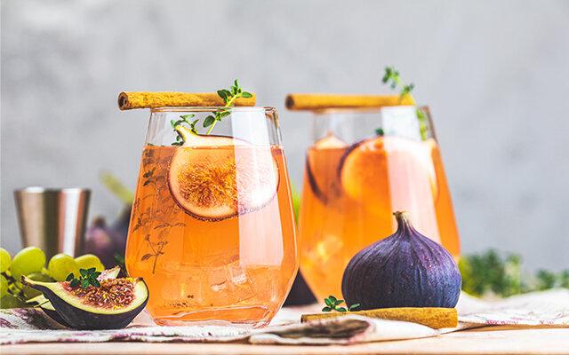Fig Thyme and Honey Cocktail Cinnamon Garnish.jpg