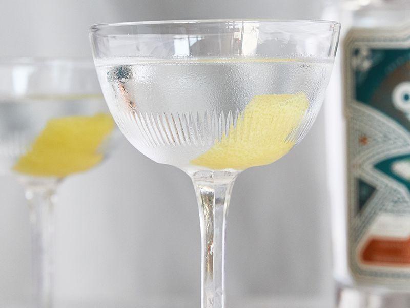 dry-martini_v2-800x600.jpg