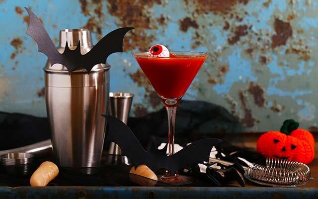 vampire-martini-halloween-cocktail.jpg