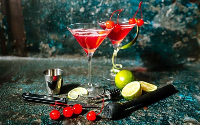 Bacardi-Rum-Gin-Cocktail.jpg