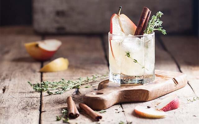 Spiced-Pear-Gin-Cocktail.jpg