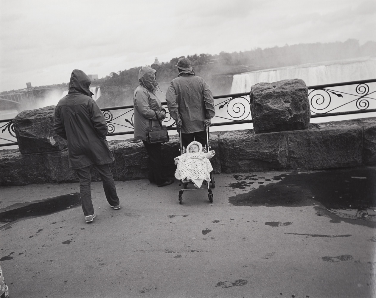 NIAGARA FALLS, 1973